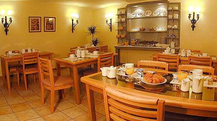 Salle petit déjeuner Hôtel France Europe Paris