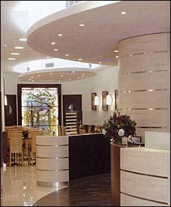 Hall Hôtel Terminus Montparnasse Paris
