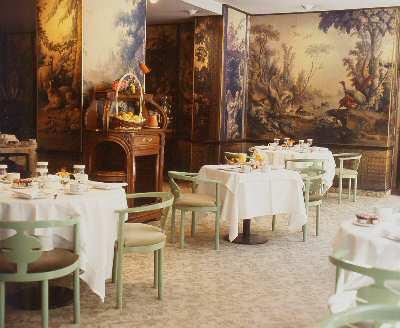 Salle petit déjeuner Résidence Maxim's Paris