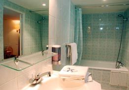 Salle de bain Royal Hôtel Colisée Paris