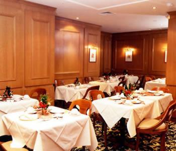 Salle petit déjeuner Hôtel Madeleine Plaza Paris