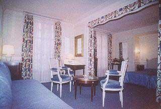 Chambre Résidence Lord Byron Paris