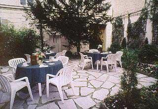 Jardin Résidence Lord Byron Paris