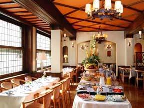 Salle petit déjeuner Hôtel Blanche Fontaine Paris
