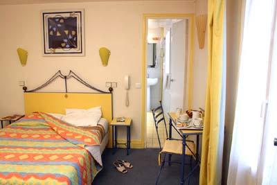 Chambre Hôtel Britannia Paris