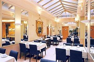 Salle petit déjeuner Hôtel de l'Océan Paris