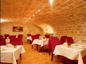 Salle petit déjeuner Hôtel des Trois Poussins Paris