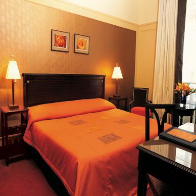 Chambre Hôtel Ambassador Paris