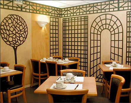 Salle petit déjeuner Hôtel Trinité Plaza Paris