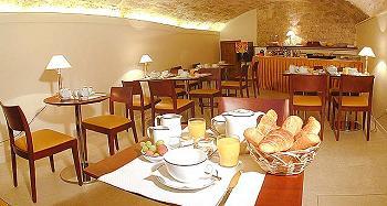 Salle petit déjeuner Hotel France Albion Paris