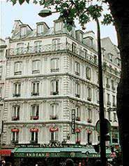 Hôtel place de clichy Paris