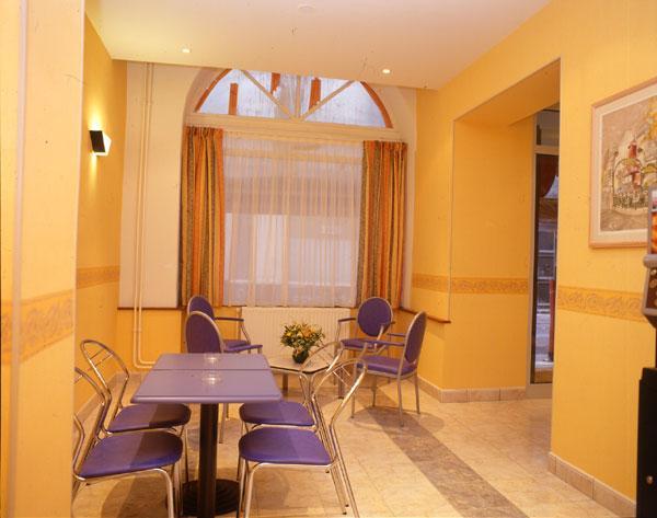 Salle petit déjeuner Hôtel d'Espagne Paris
