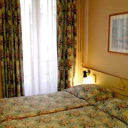 Chambre Hôtel Atlanta Frochot Paris