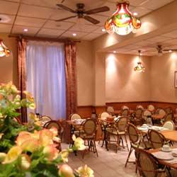 Salle petit déjeuner Hôtel Atlanta Frochot Paris