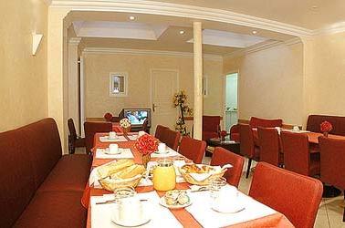Salle petit déjeuner Hôtel de Champagne Paris