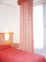 Chambre hôtel KUNTZ Paris