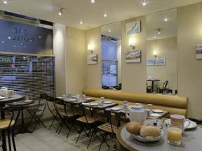 Salle petit déjeuner Nord Hôtel Paris