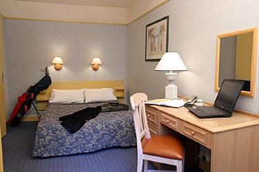 Chambre Hôtel Little Régina Paris