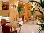 Réception Hôtel Régina Opéra Paris
