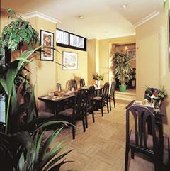 Salle petit déjeuner Hôtel Prince Eugène Paris