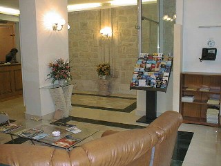Réception Hôtel Voltaire République Paris