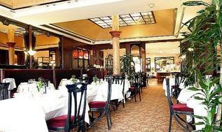 Salle petit déjeuner Holiday Inn Paris République