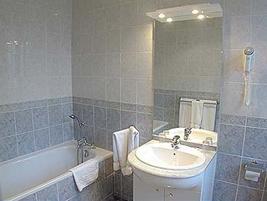 Salle de bain Hôtel de la Porte Dorée Paris