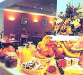Petit déjeuner Touring Hôtel Magendie Paris