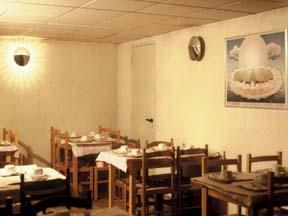 Salle petit déjeuner Hôtel Printania Paris