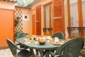 Salle petit déjeuner Hôtel Beaunier Paris