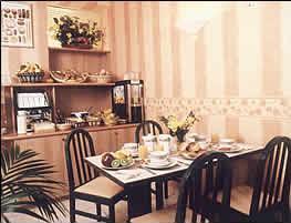 Salle petit déjeuner Jack's Hôtel Paris