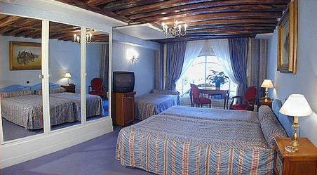 Chambre Hôtel Favart Paris