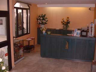 Réception Hôtel Alesia Montparnasse Paris