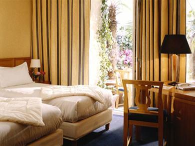 Chambre Hôtel de Bretagne Montparnasse Paris