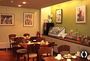 Salle petit déjeuner Hôtel Mistral Paris