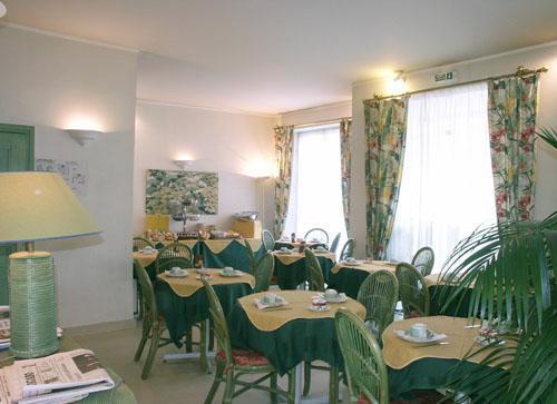 Salle petit déjeuner Hôtel de l'Orchidée Paris