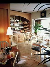 Salle petit déjeuner Hôtel Kyriad Paris Montparnasse
