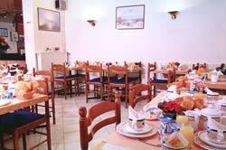 Salle petit déjeuner Hôtel Avia Paris