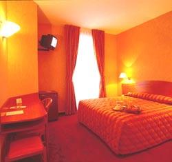 Chambre Europe Hôtel Paris