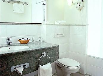 Salle de bain Mercure Paris Porte de Versailles Vaugirard