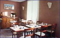 Salle petit déjeuner Pratic Hôtel Paris