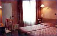 Chambre Pratic Hôtel Paris