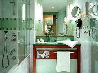 Salle de bain Hôtel Sofitel Paris Porte de Sèvres