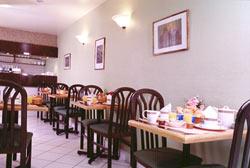 Salle petit déjeuner Saphir Hôtel Paris