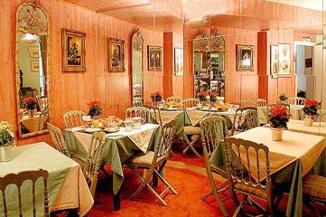 Salle petit déjeuner Hôtel Bailli De Suffren Tour Eiffel Paris