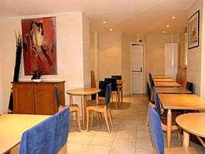 Salle petit déjeuner Hôtel Kyriad Paris Bercy Expo