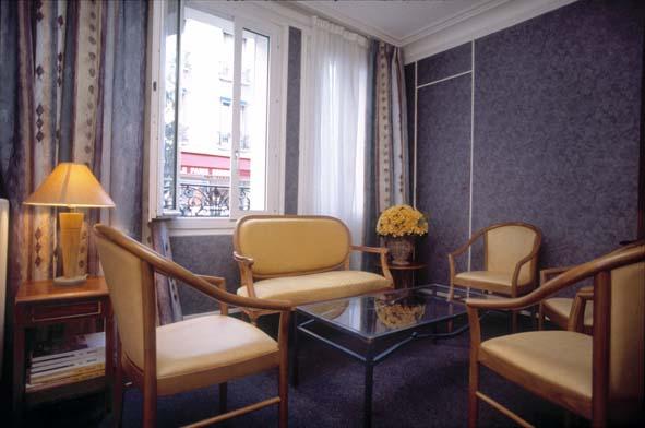 Salon Comfort Hôtel Paris Convention