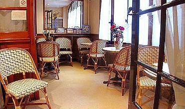 Salle petit déjeuner Hôtel Home Moderne Paris