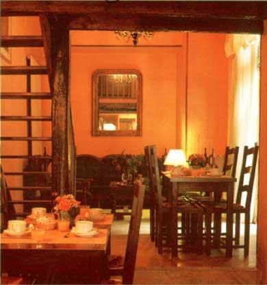 Salle petit déjeuner Hôtel Acacias hôtel de ville