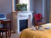 Chambre HotelHome Paris 16